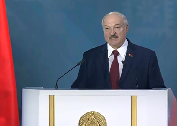 Александр Лукашенко во время послания белорусскому народу 04.08.20.|Фото: Беларусь 1